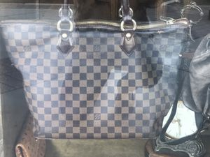 LV Damier Ebene Saleya Pm for Sale in Glendale, CA