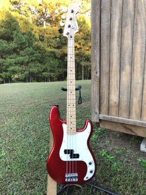 Fender Precision Bass for Sale in Fuquay-Varina, NC