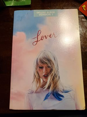 Taylor Swift for Sale in Visalia, CA