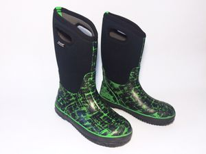 Boys Bogs Classic Black Rain Winter Snow Boots Youth Size 6 for Sale in Boulder, CO