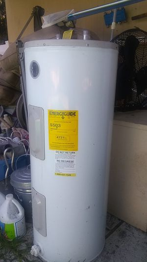 Hot water heater for Sale in Lutz, FL