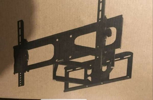 Full motion tv wall mount 23 to 60 inch