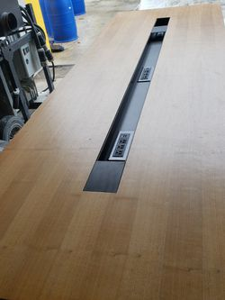 9' X 3' Confrence Table for Sale in North Bend,  WA