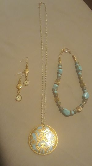 Handmade Gold & Turquoise 3 Piece Matching Jewelry Set!!! for Sale in Bamberg, SC