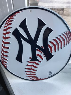 """New York Yankee""""s tin sign $30 for Sale in Fresno, CA"""
