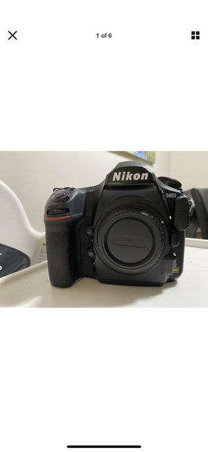 Nikon D850 used. Excellent working condition for Sale in Queens, NY