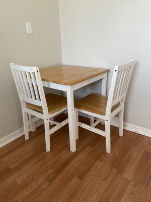 Desk or table for Sale in Miami, FL