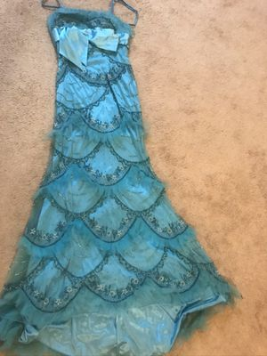 MNM Couture sz10 evening gown , prom dress for Sale in North Olmsted, OH