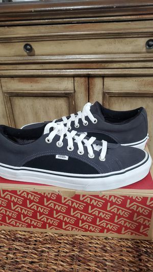 Van's Classic Suede Smoke Low for Sale in Covina, CA