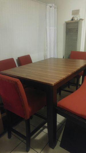 Solid Wood Extendable Dining Table for Sale in Lynwood, CA