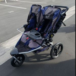 BOB DUALLIE (DOUBLE) STROLLER for Sale in Santa Ana, CA