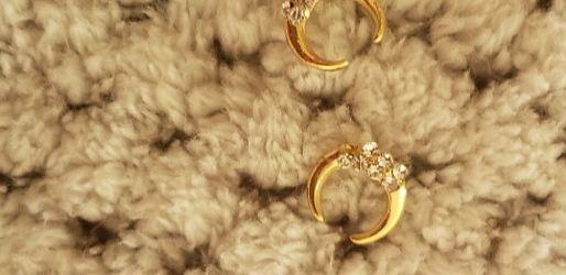 Zircon Charm / Gold for Sale in Orlando,  FL