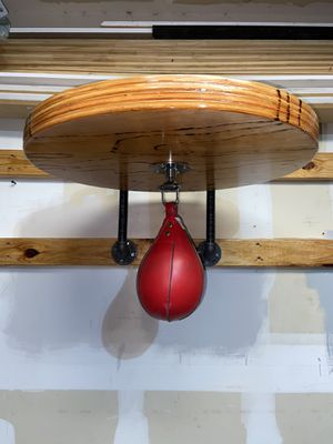 Speed bag with platform for Sale in San Antonio, TX