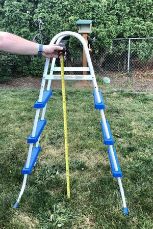 Pool ladder for Sale in Milwaukie, OR