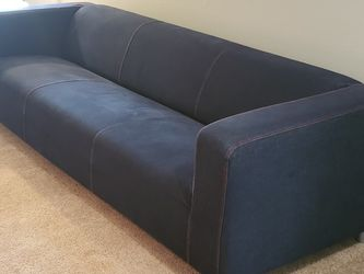 IKEA KLIPPAN SOFA COUCH $100 for Sale in Happy Valley,  OR