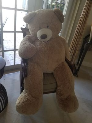 Huge teddy bear excellent condition for Sale in Weston, FL