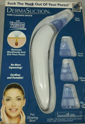"""NEW IN BOX"" (2 Batteries Included) DermaSuction Pore Cleaning Device for Sale in Midland, TX"