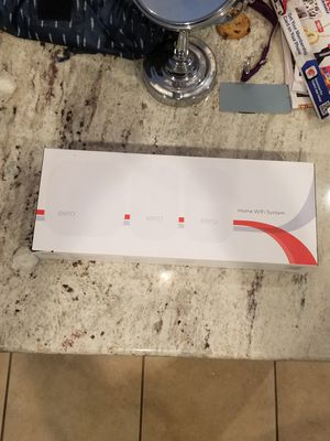 Eero 2nd gen wireless mesh router w/ 2 beacons for Sale in Washington, IL