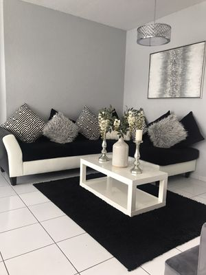 Living room set for Sale in Miami Gardens, FL