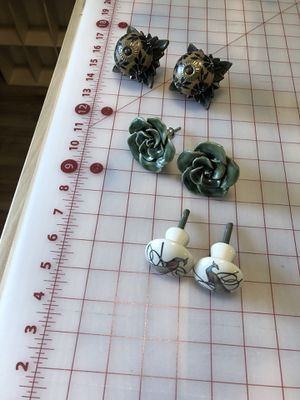 Decorative knobs for Sale in Vancouver, WA