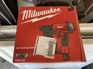 Milwaukee Roofing coil nail gun. Used only a hand full of times. for Sale in Riverside, CA