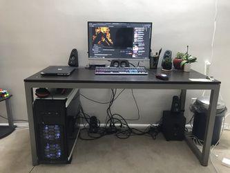 Computer Desk / office desk for Sale in Rockville, MD