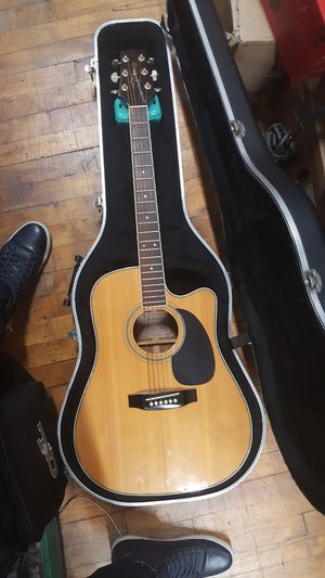 TAKAMINE EG-334SC ACOUSTIC ELECTRIC GUITAR G SERIES for Sale in Baltimore, MD