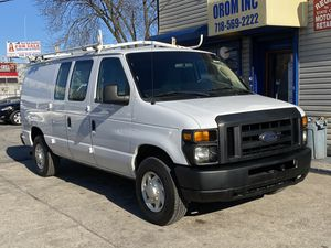 2009 FORD E-SERIES CARGO E-250, CLEAN CARFAX, ONE OWNER, FINANCING AVAILABLE. for Sale in Queens, NY