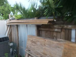 Plywood 4'x8' (x3) half inch thick, 4x pressure treated and 1 regular 2x4s for Sale in Miami Gardens, FL