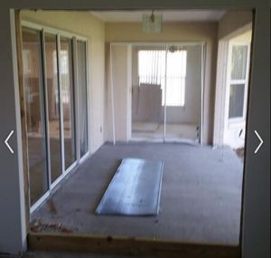 Sliding Glass Patio Doors - USED GOOD CONDITION for Sale in Ocoee, FL