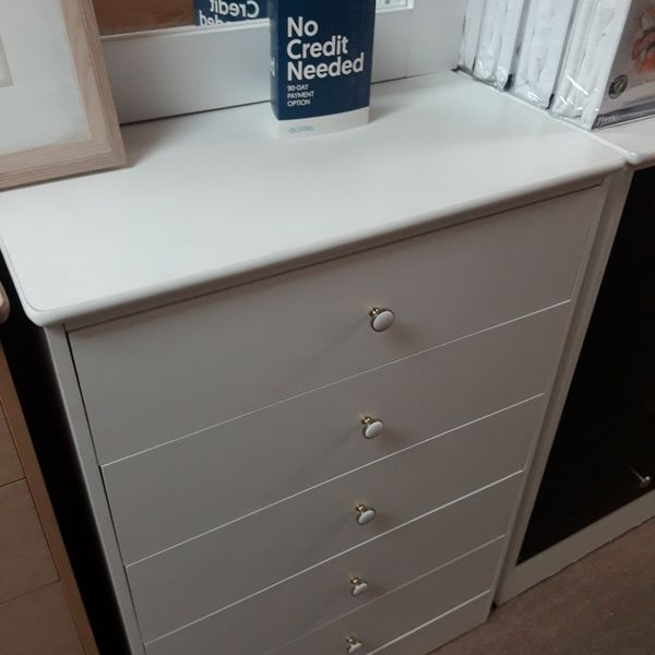 New 5 Drawer Dresser Very spacious