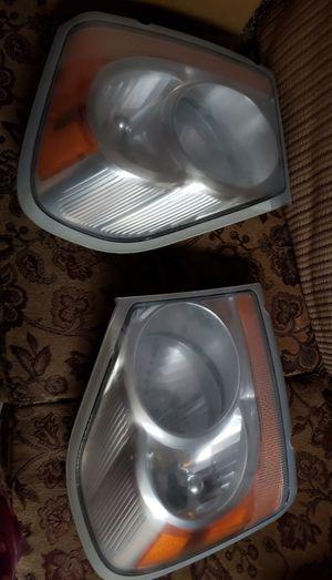 04 dodge durango headlights for Sale in Tacoma, WA