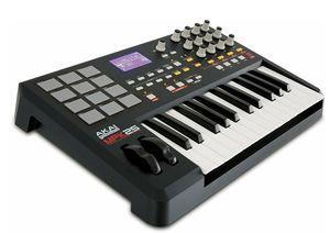 Akai Professional MPK25 25-Key USB MIDI Keyboard Controller with MPC Pads for Sale in Philadelphia, PA