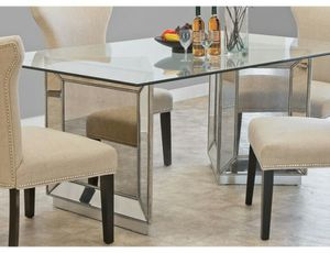 Contemporary dining table and six chairs.SOPHIA BY MACY'S. for Sale in Woodbridge Township, NJ