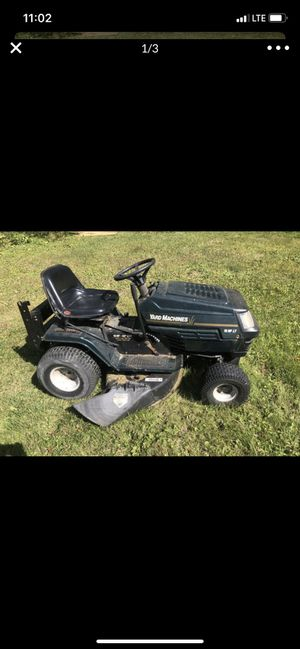 18 hp 42 in lawn tractor for Sale in Rehoboth, MA