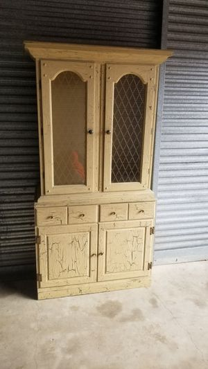 Antique china cabinet/ hutch for Sale in Carrollton, TX