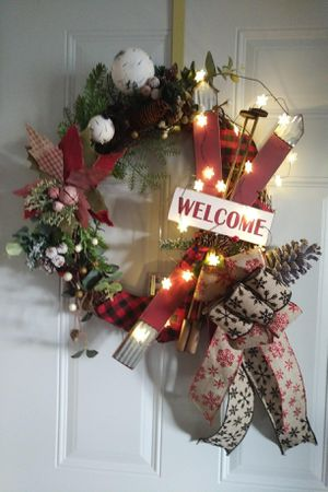 Christmas Ski Welcome wreath for Sale in Rhinelander, WI