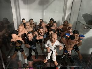 UFC Action Figures Lot 20 Total for Sale in City of Industry, CA
