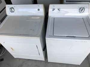 Whirlpool washer & electric dryer in good condition for Sale in Winter Garden, FL
