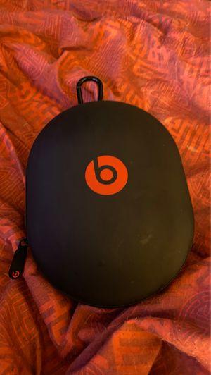 Beats studio 3 headphones case for Sale in Chowchilla, CA