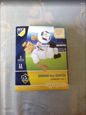 Oyo Sports Giovani dos santos LA Galaxy block toy figure for Sale in Whittier, CA