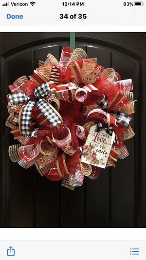 Valentine wreath for Sale in Laredo, TX