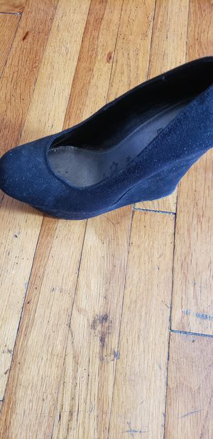 Black wedge size 8 for Sale in Rolling Hills Estates, CA