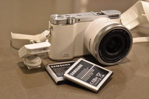 Samsung NX3000 Camera for Sale in Quincy, MA