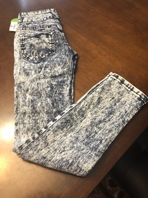 For Kids size 10 never used 👖 for Sale in Raleigh, NC