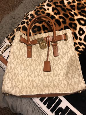 MK purse for Sale in Edgewood, WA