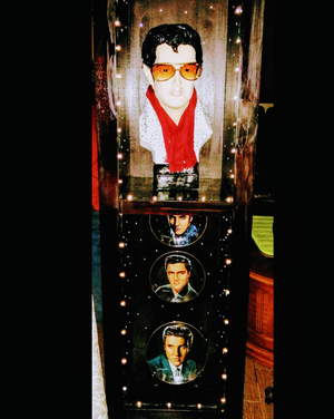 Antique hand painted Elvis Statue decor w Lightening and 3 porcelain collectable Elvis plates for Sale in Duncanville, TX