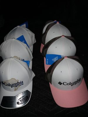 Men's and ladies Columbia hats new never used for Sale in Houston, TX