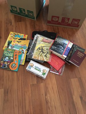 Free! Books kids and Christian/ Comic books! And more! for Sale in Whittier, CA