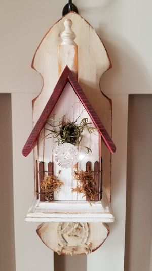 "Custom made birdhouse/3 key holders NEW! 17"" X 5.5"" for Sale in Tacoma, WA"